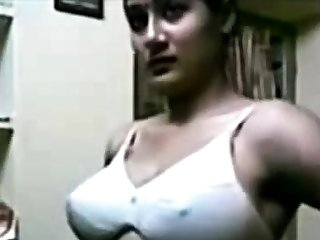 Indian Beautiful Women In the same manner Boobs!!