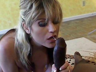 Experienced Cockslut Tyla Wynn Sucks On Black Dick