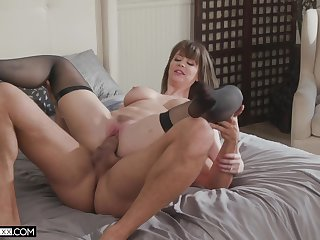 Step mom gets pussy demolished in insane home XXX scenes