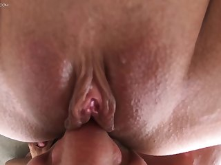 Slurping away at babe's ass and sniffing that pussy before beating it regarding