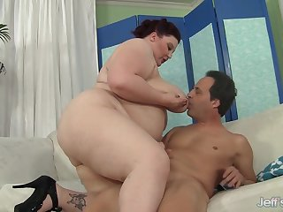 Big bellied plumper mommy Stazi presents her huge prat while riding stiff dicks