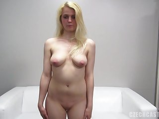Unpremeditated Blondie Gives Slit At The Remove - Point Of View
