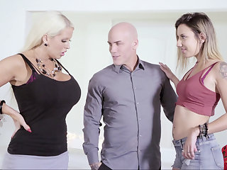 Heavy wife vs. skinny mistress